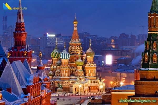 Biểu tượng văn hóa Nga - Tổ hợp kiến trúc Điện Kremlin - Quảng Trường Đỏ - Tòa thánh Basil