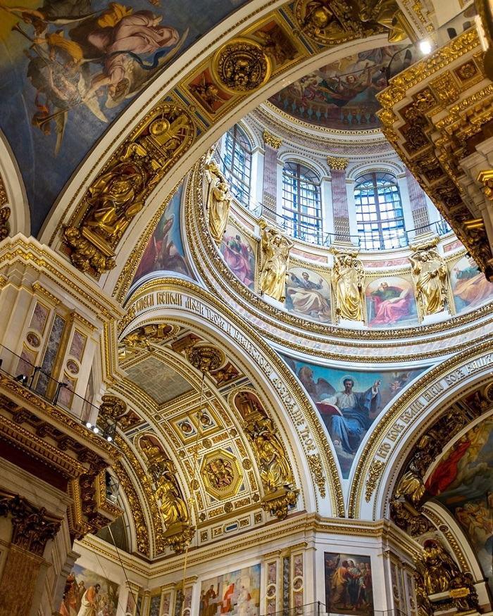 Cung điện Mùa Đông - Công trình kiến trúc xa hoa và nổi tiếng của nước Nga