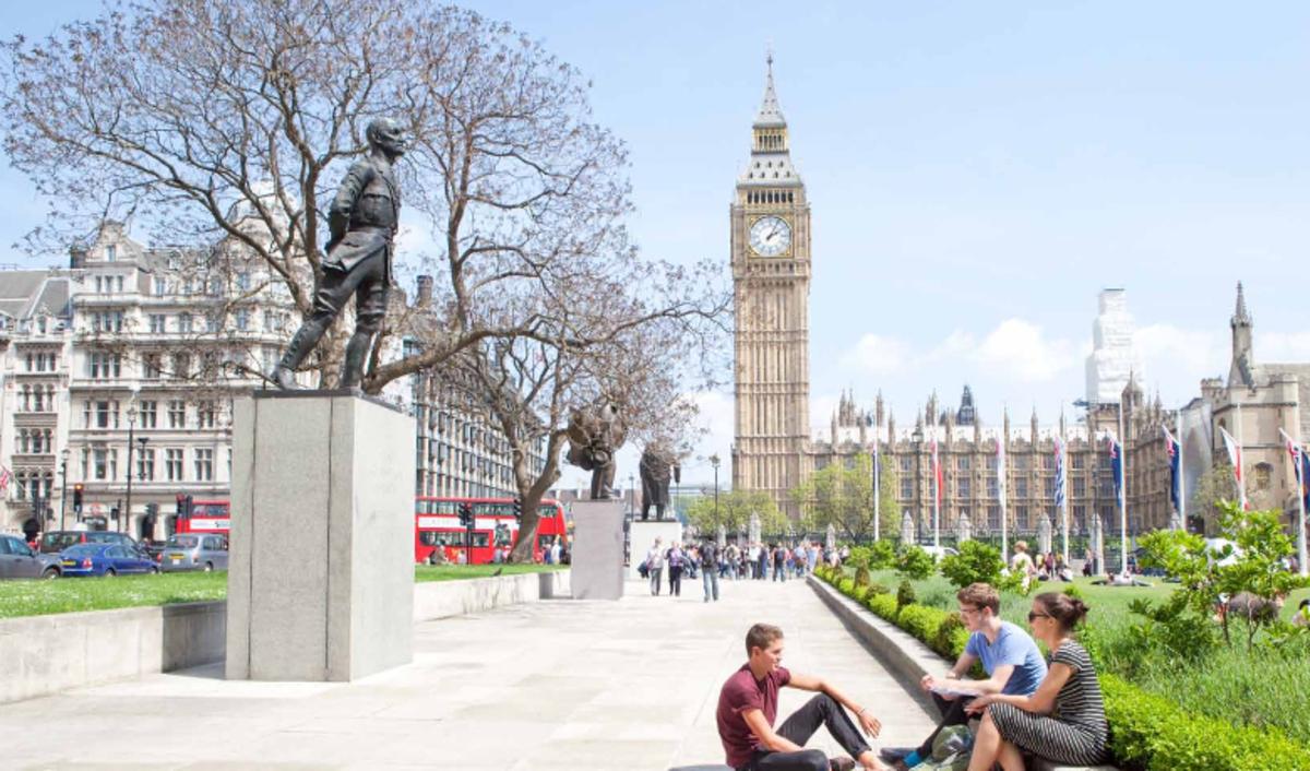 Hỏi/ Đáp] Có nên đi du học Anh Quốc không?